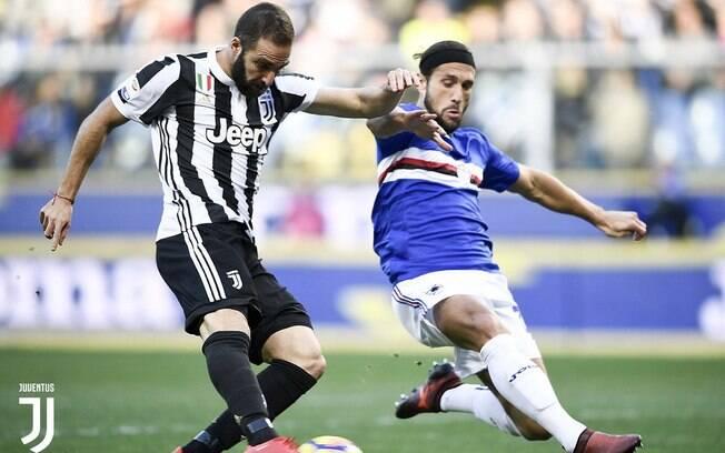 Higuaín deixou o dele, mas não evitou a segunda derrota da Juventus no Campeonato Italiano