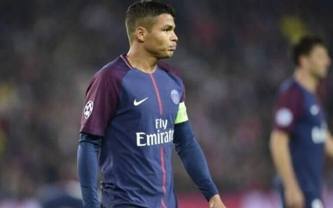 Thiago Silva estava em campo pelo PSG na hora do assalto