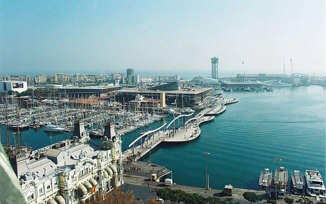Barcelona chegou a decretar novas medidas de isolamento diante do aumento de casos da Covid-19