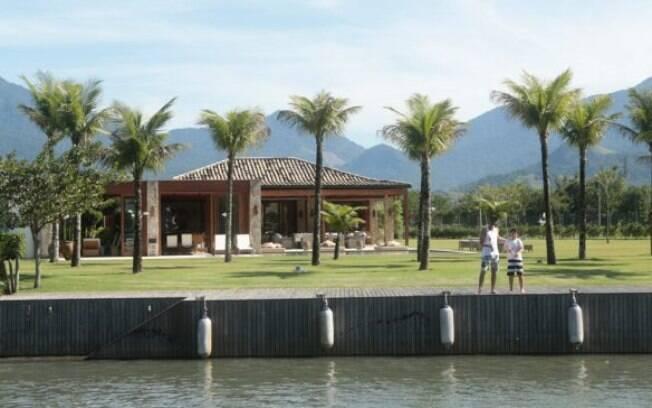 Casa comprada por Sérgio Cabral no condomínio Portobello, em Mangaratiba (RJ), é avaliada em cerca de R$ 8 milhões