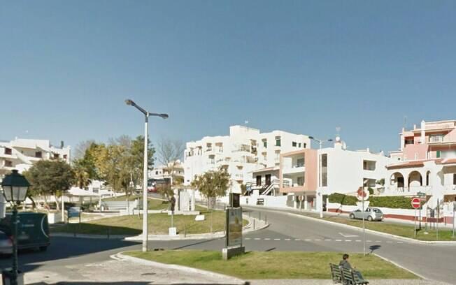 Ataque aconteceu durante a noite de sábado (6) em uma das vias mais movimentadas da cidade de Alvor, em Portugal