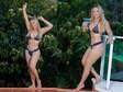 Aos 41 anos, Carla Perez esbanja boa forma em dia de piscina