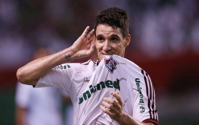 Em 2012, Thiago Neves fez o mesmo: saiu do  Flamengo e foi para o Fluminense