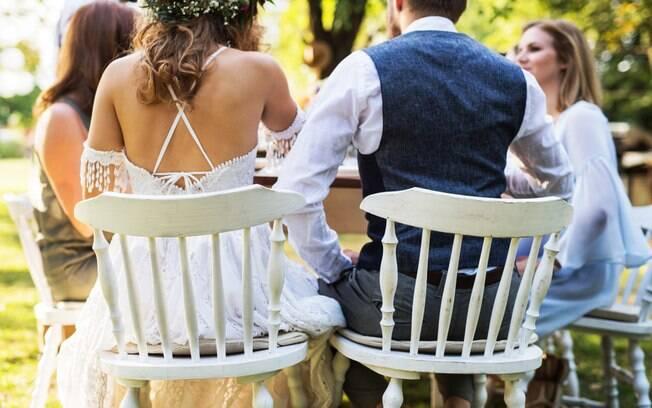 Igualdade? Noivos fazem um cardápio diferente para homens e mulheres e geram indignação em uma convidada