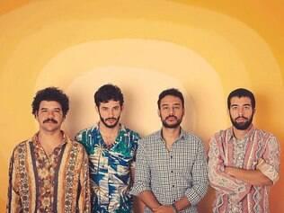 Quarteto - Rodrigo, Rafael, Fernando e Thales: musicalidade leve, diversa e colorida