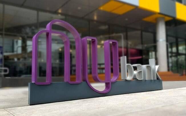 Nubank fecha parceria com Creditas para ampliar oferta de crédito e torna-se sócio da empresa