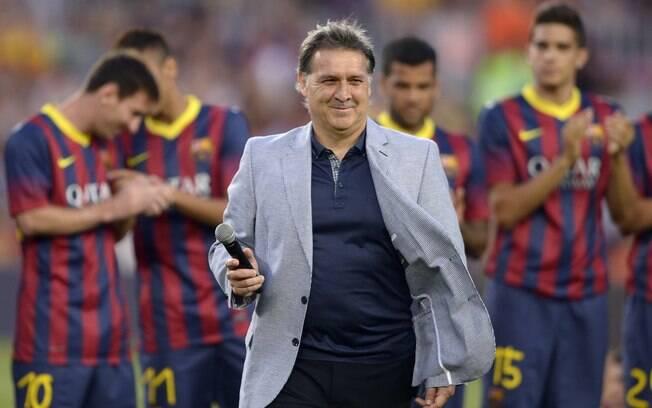 Partida contra o Santos também marca estreia  do técnico Tata Martino pelo Barcelona no Camp  Nou