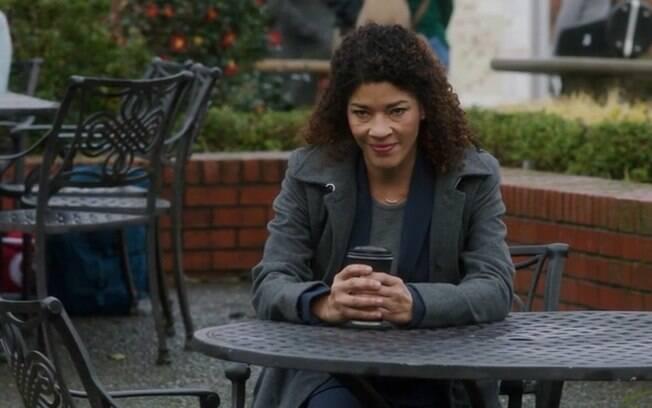 Dana Booker (Klea Scott) em