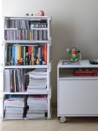 Livros guardados em locais abertos acumulam mais ácaro e poeira