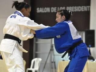 Erika Miranda segue forte após ouro no Pan