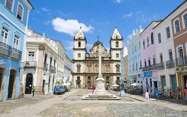 Salvador faz parte da história do Brasil e é um dos destinos da lista