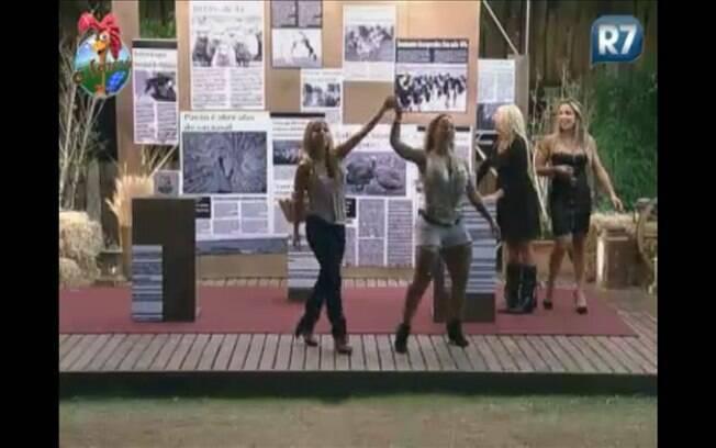Valesca e Raquel comemoram a vitória