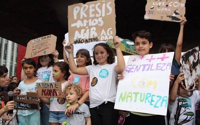 Crianças na Greve Global pelo Clima, em São Paulo