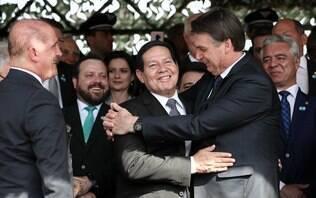 """Bolsonaro diz que 'príncipe' deveria ser vice no lugar de Mourão: """"Casei errado"""""""