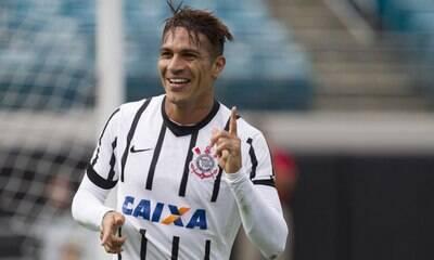 Especulado no Corinthians, Guerrero passará por nova cirurgia