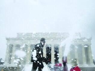 Violenta tempestade de neve chegou a Washington, nos EUA