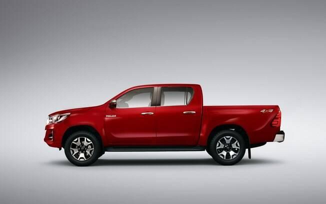 Hilux 2.8 a diesel: com câmbio manual, ela custa R$ 141 mil, mas com câmbio automático, o preço mínimo é de R$ 161 mil