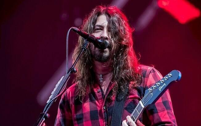 """Dave Grohl: """"Ainda sonho em voltar para o Nirvana"""""""