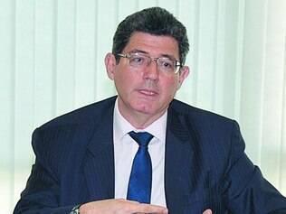 """Ajustes.  Joaquim Levy afirma que pacote de ajustes das contas públicas tem que ser """"balanceado"""""""