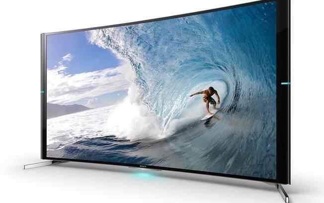 Bravia S90 é primeira TV de tela curva da Sony