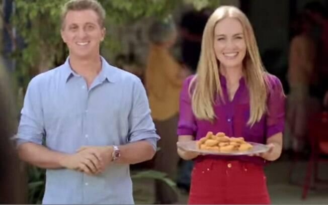 Campanha publicitária faz Angélica voltar a comer carne