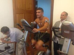 Arrascaeta passou por exames médicos em Montevidéu