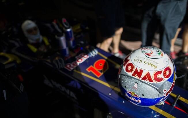 Australiano Daniel Ricciardo, da Toro Rosso,  apostou no brilho para a corrida de Mônaco