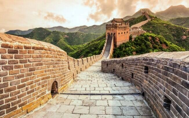 Os oito vencedores da promoção terão direito a levar um acompanhante para passar a noite na Muralha da China
