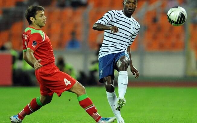 Abidal pela seleção francesa contra Belarus