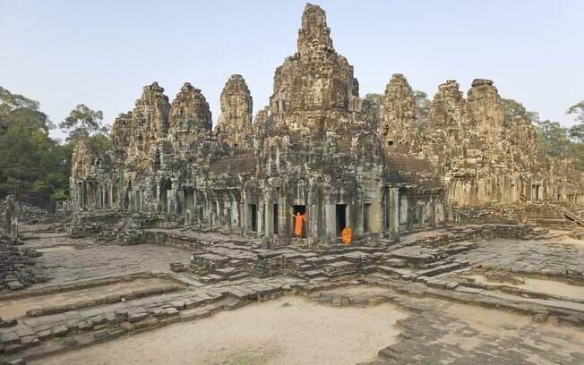 O templo de Angkor Wat é uma das atrações imperdíveis no Camboja