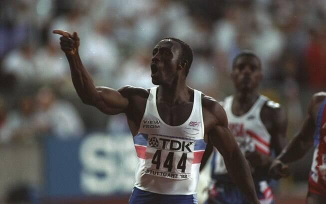 Lindford Christie - britânico, mais um  corredor dos 100 metros, testou positivo para  nandrolona em 1999 e ficou dois anos suspenso