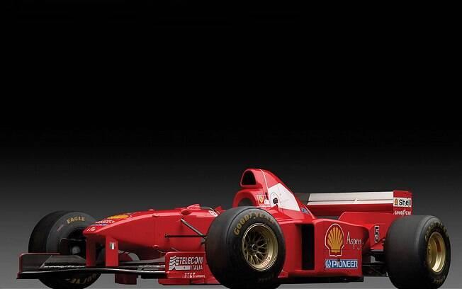 Ferrari F310 B foi pilotada por Schumacher e Eddie Irvine, seu companheiro de equipe na época