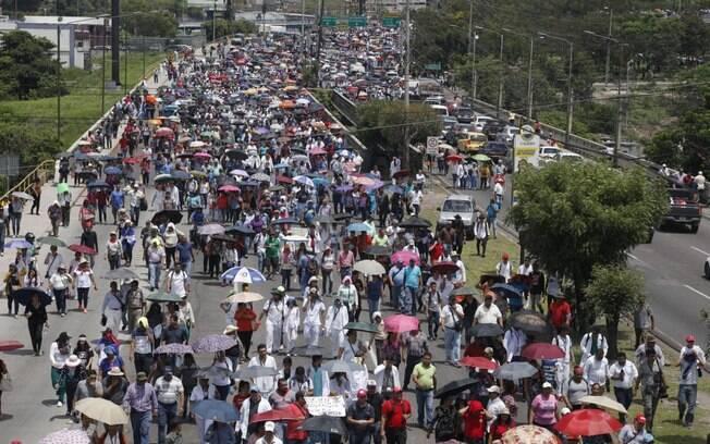 Apesar de recuo de presidente de Honduras, manifestantes voltaram às ruas
