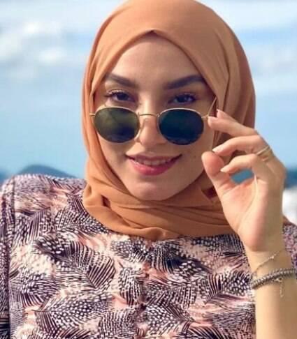 Mariam Chami faz sucesso na web falando sobre o papel da mulher