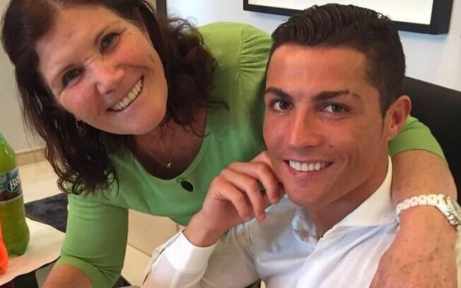 Cristiano Ronaldo e a mãe, Dolores Aveiro