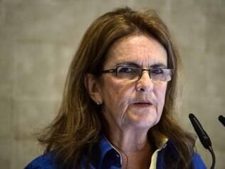 Graça Foster diz que continua na Petrobras enquanto Dilma quiser