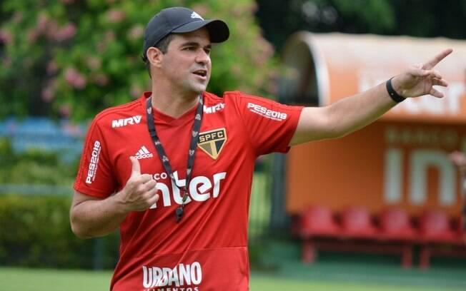 André Jardine é o atual técnico do São Paulo