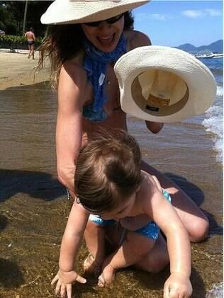 Luciana Gimenez com o pequeno Lorenzo