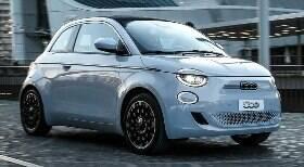 Fiat 500 elétrico deve chegar ao Brasil em meados do ano