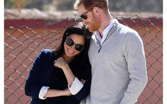 Príncipe Harry teria recebido conselho do príncipe Phillip para não casar com Meghan