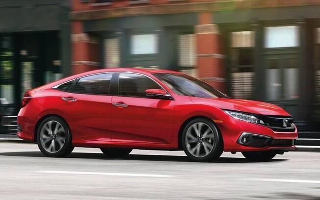 Honda Civic da linha 2020 receberá nova grade frontal, para-choques reestilizados e novas rodas entre as mudanças