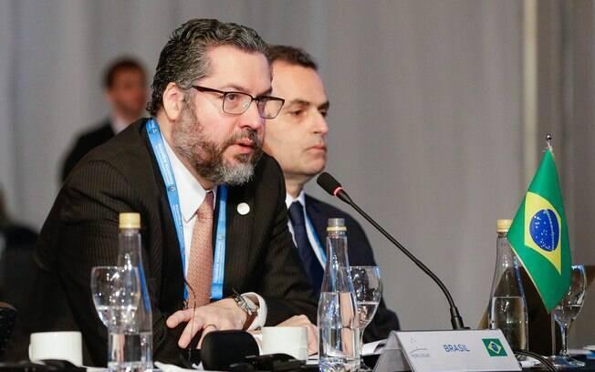 Chanceler participou de Comissão das Relações Exteriores na câmara