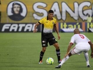Destaque do clube do ABC paulista, jogador é encarado como promissor no futebol