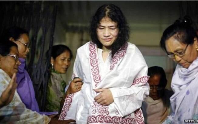 A indiana Irom Sharmila Chanu está em greve de fome há mais de 14 anos