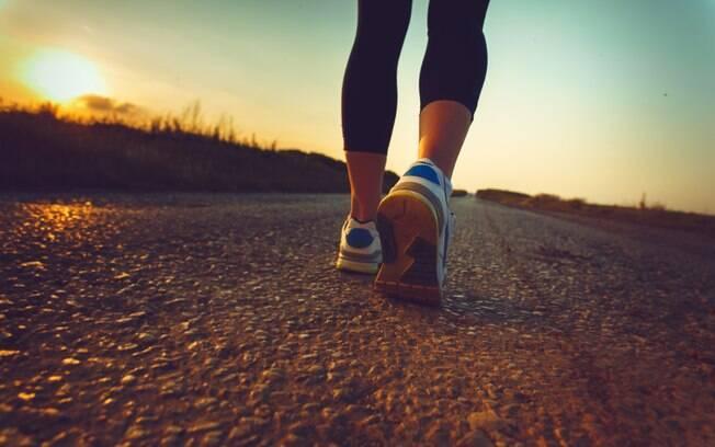 Emagrecer com a corrida não é sinônimo de pressa. Comece devagar intercalando caminhada com trote leve. Foto: iStock