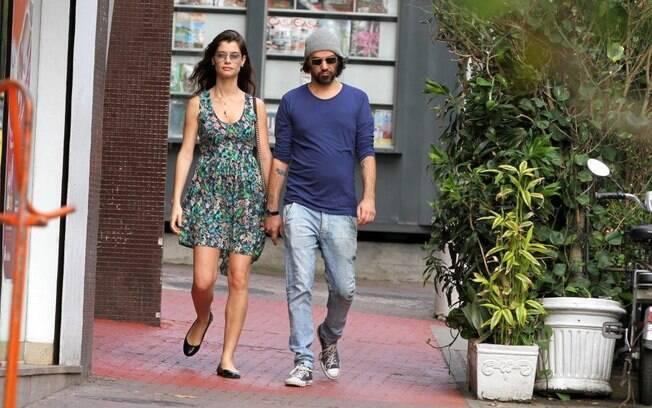 Alinne Moraes está grávida do primeiro filho, do relacionamento com Mauro Lima