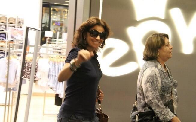 Giovanna Antonelli em shopping