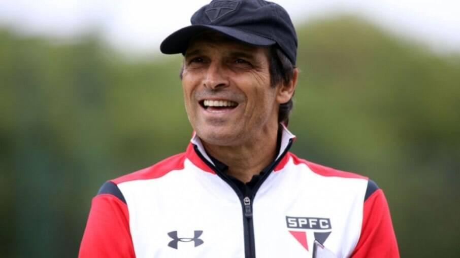 São Paulo oficializa retorno de Milton Cruz como assessor técnico do clube