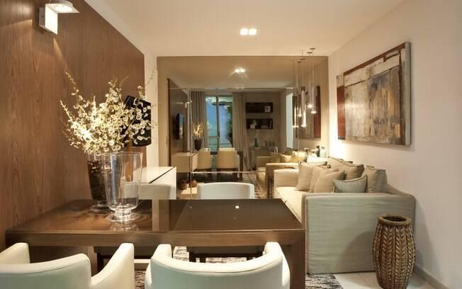 Sala De Jantar Pequena Com Espelho ~ espelho ao fundo da sala de estar aumentou a sensação de amplitude