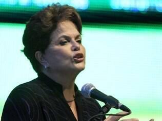 Dilma Rousseff lamenta morte de Chico Anysio
